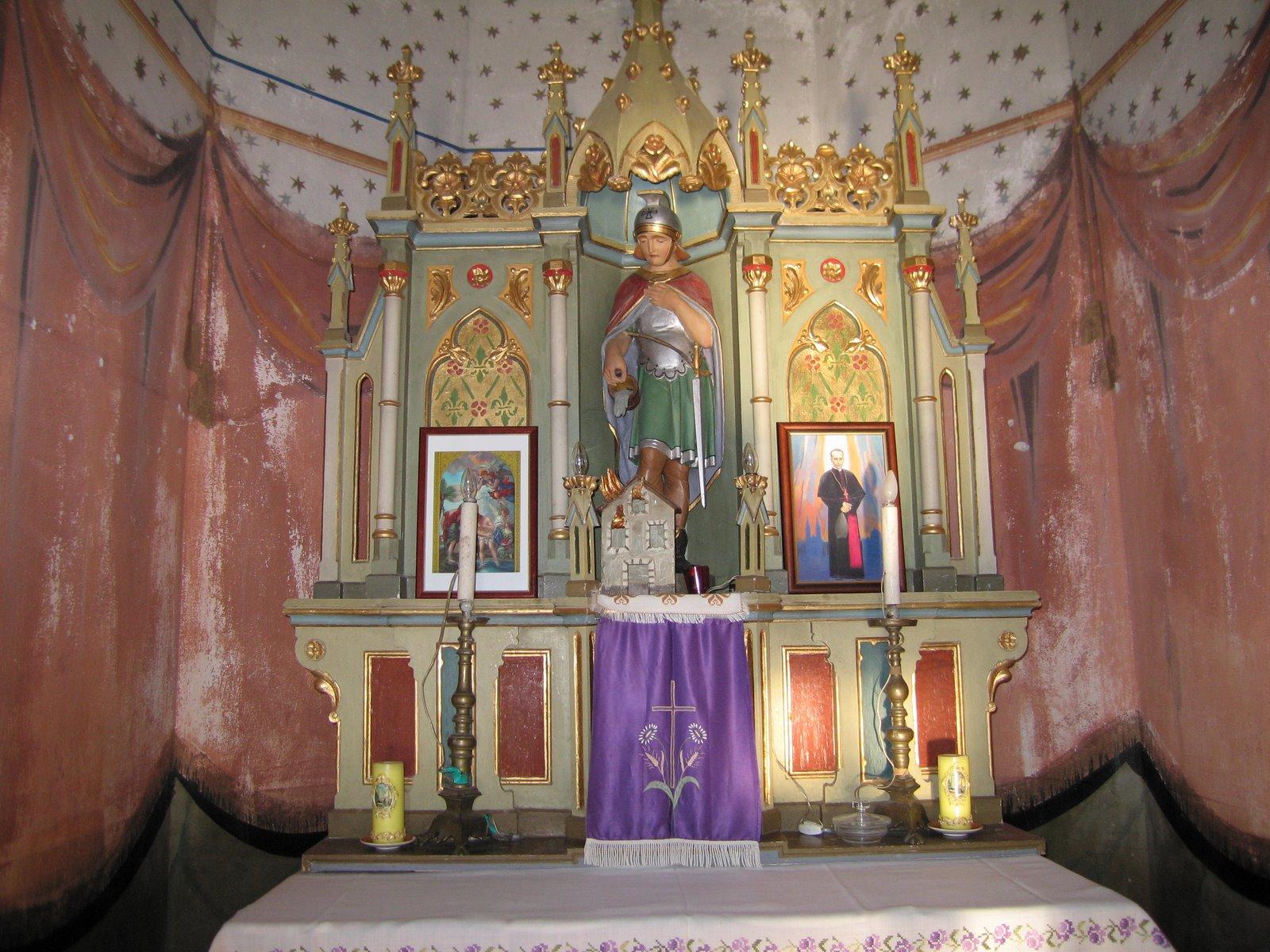Kapela sv. Florijana u Zamršju - pogled na oltar.